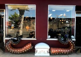 The exterior of Bearded Lady Vintage & Oddities and The Mystic Museum in Burbank, California