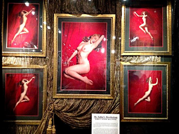 Sexy naked lisa simpson gif