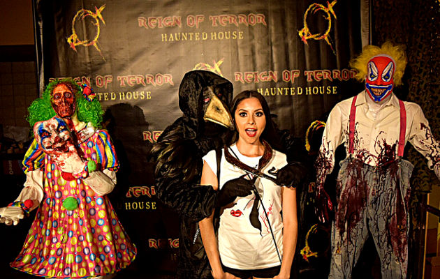 Photo op at the Reign of Terror Haunted House booth