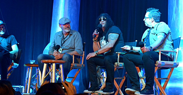 Slash, lead guitarist of Guns N' Roses, made a surprise appearance during the Halloween Horror Nights panel at Scare LA