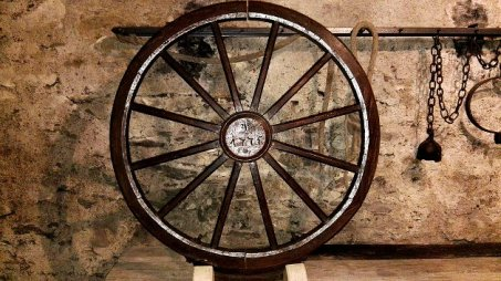 An execution wheel exhibited in the Museum of Cultural History Franziskanerkloster in Zittau, Saxony, Germany, circa 1775 (Photo by Z Thomas/Wiki Commons)