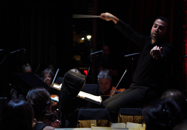 Louis Lohraseb leading the LA Opera Orchestra ensemble (Photo Credit: Lawrence K. Ho)