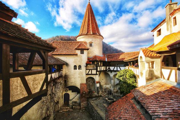 Bran Castle, aka Dracula's Castle (Photo by Jorge Fernandez Salas)