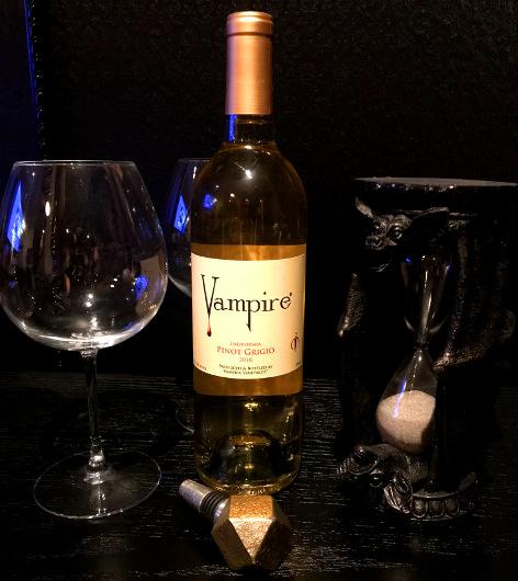 Vampire Pinot Grigio Wine
